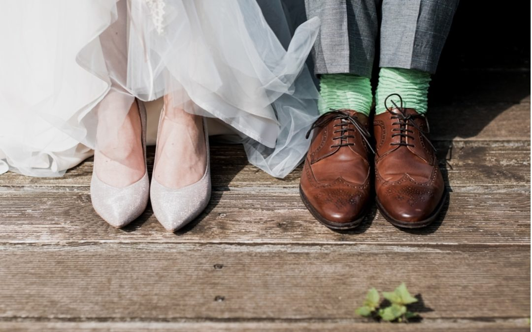 How to Plan for Your Wedding Finances in 2021
